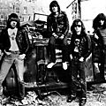 Blitzkrieg Bop (1975)