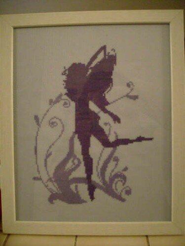 Elfe brodée par Aurélie