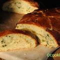 Brioche à l'huile d'olive, menthe et pistache