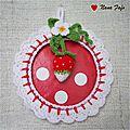 cadre-fraise-crochet-01
