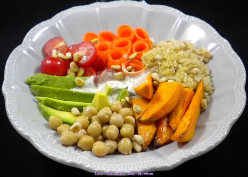 Buddha bowl végétarien, sauce au sésame 4