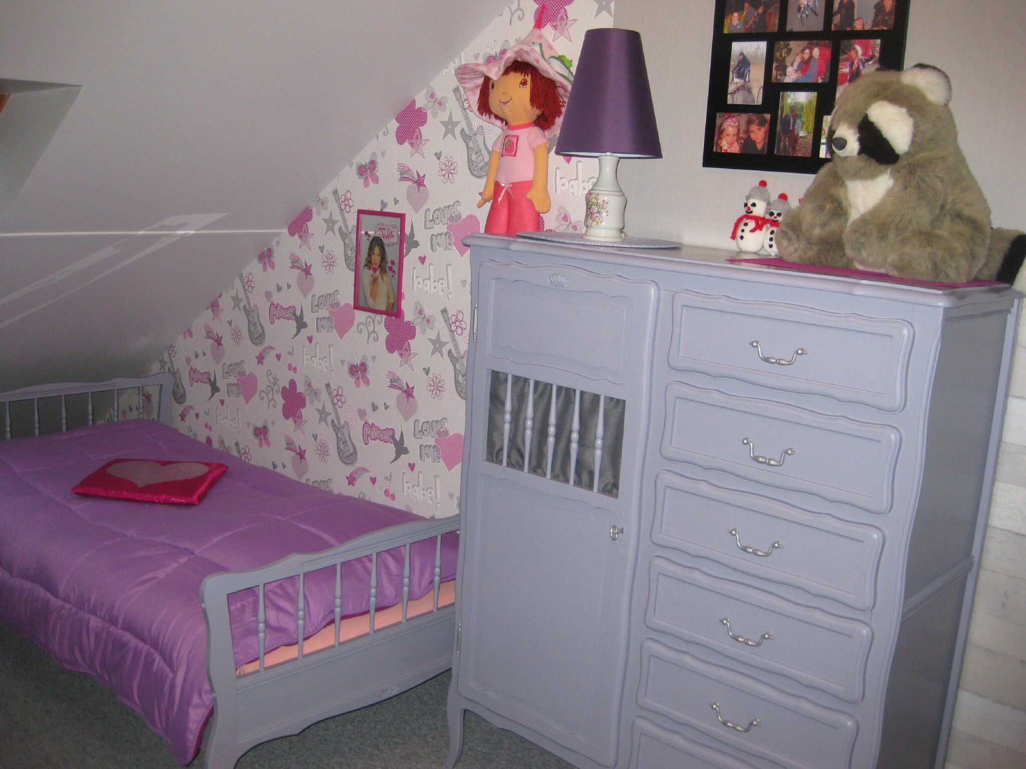 CHAMBRE 21 COIN FILLE