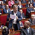 कट्टर वामपन्थीद्वारा फ्रान्सको संसदमा हङ्गामा