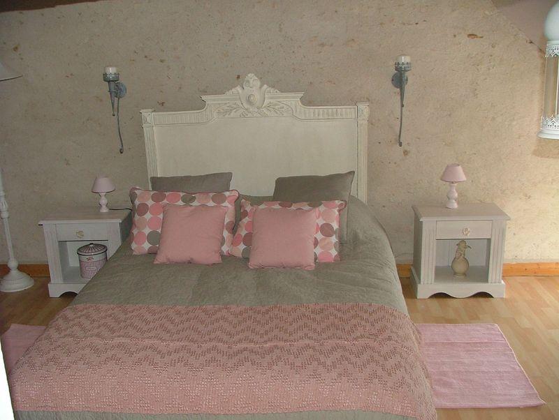 chambre esprit deco de charme sous les combles annartiste. Black Bedroom Furniture Sets. Home Design Ideas