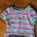 pull multicolor taille 2 ans