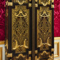 Les armoires majestueuses de <b>André</b>-<b>Charles</b> <b>Boulle</b>