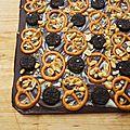Tablette chocolat, fleur de sel, bretzel, oréos et cacahuètes