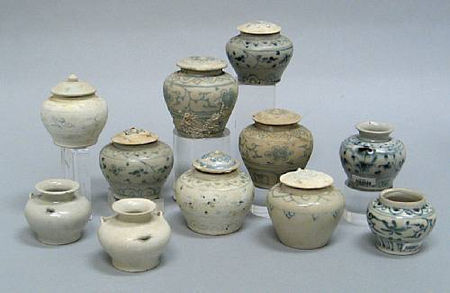 A selection of eleven jars. Late 15th/Early 16th Century