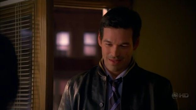 Ugly Betty - 2x17 - The Kids Are Alright 21