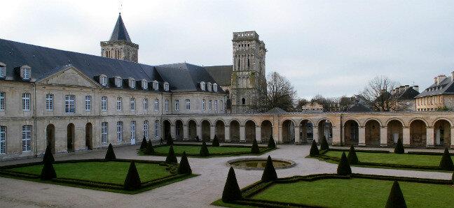 CAEN, Abbaye-aux-Dames, 3 juin 2019: nouvelle réunion de la COMMISSION PERMANENTE