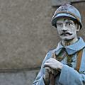 Comprendre les monuments aux morts de nos villes et campagnes (via cnrs)