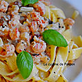 Pâtes et sauce crémeuse aux langoustines et champignons