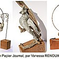 Déesses - sculptures de femmes en <b>papier</b> <b>journal</b>