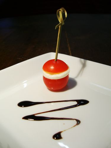 Tomates cerise mozzarella et pesto...