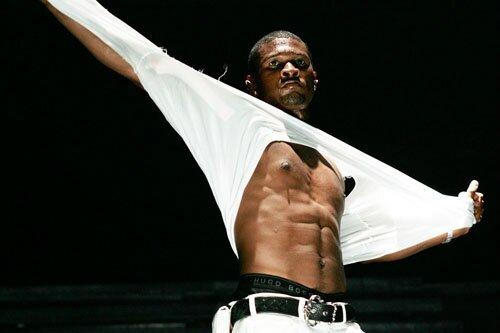 Usher un retour en demi teinte avec - Hard II Love - « Flawed »