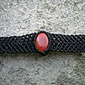 Bracelet macramé noir <b>jaspe</b> <b>rouge</b>