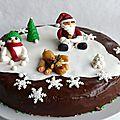gâteau de noël décors pâte à sucre