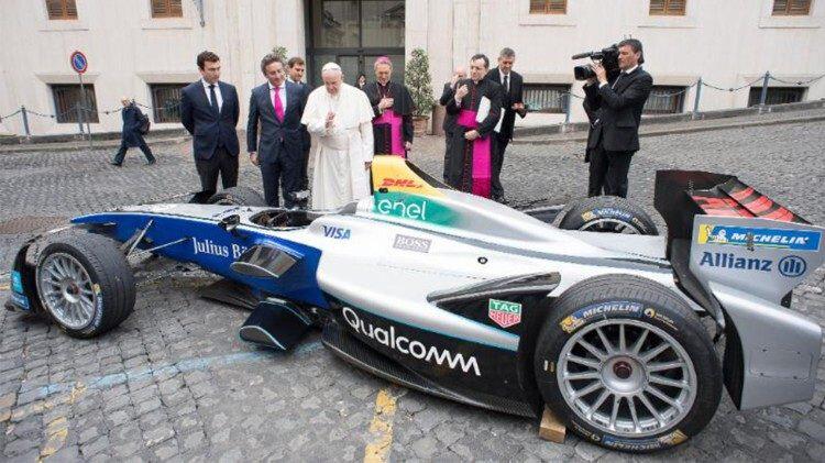ROMA JAGUAR POPE