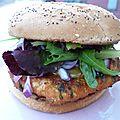 Burgers de saumon frais ' moutarde au sirop d'érable {fumé au barbecue}