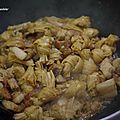Tofu séché et poitrine de porc sauté
