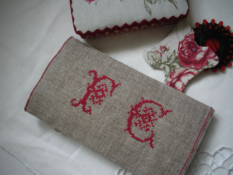 Trousse brodeuse 006