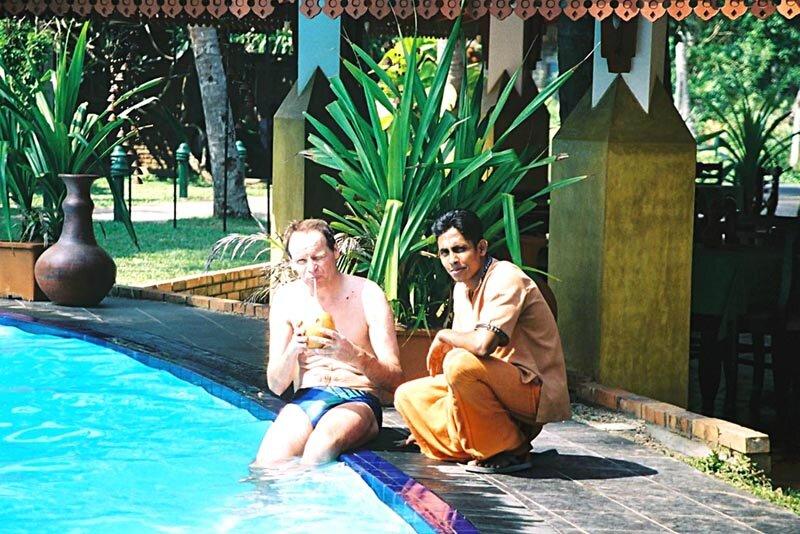 e_img023_Kalabanahotel_A_piscine