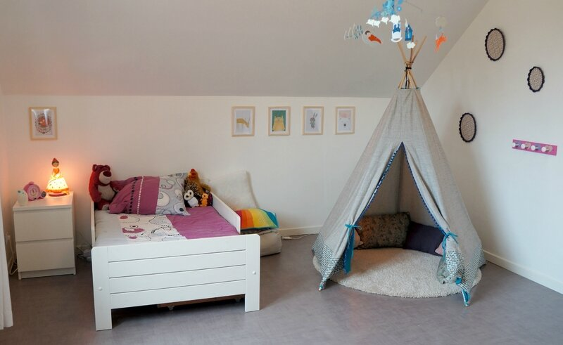 le tipi et la d co de la chambre de louison les. Black Bedroom Furniture Sets. Home Design Ideas