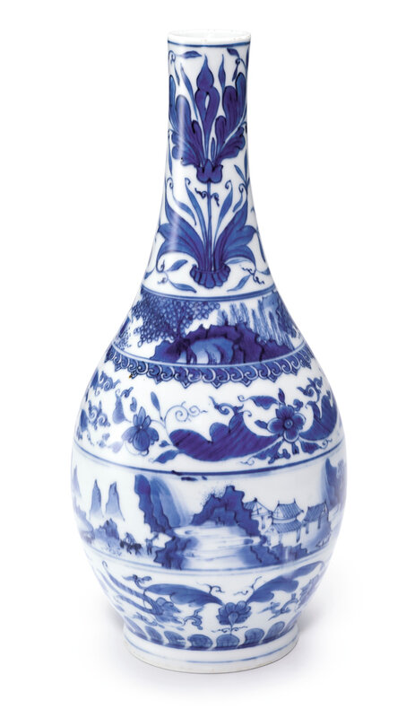 A blue and white bottle vase, Qing dynasty, Kangxi period (1662-1722)