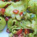 Pâtes au pesto à la pistache et ratatouille