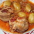 Paupiettes de porc bardées de poitrine fraîche sauce aux olives et citron confit