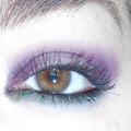 A green purple make up
