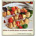 Brochettes d'accras fleuris au poulet et ses pommes confites au sésame…