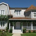 american-style-house-captured-in-hollywood-los-angeles