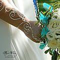 Décoration de main : Bague Angelique accrochée au grand bracelet Marquise, tout en volutes