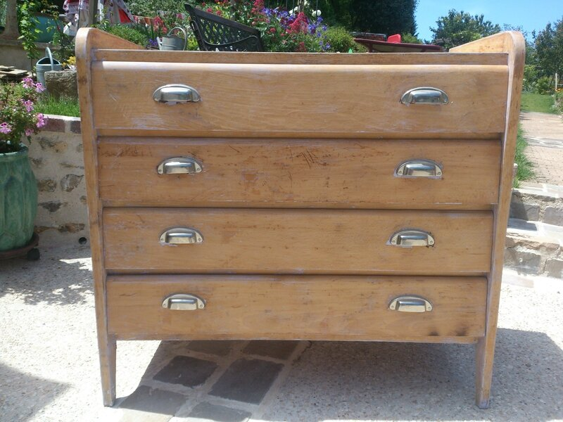 mobilier : commode