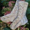 Embossed Leaves Socks