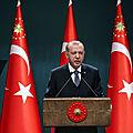 La Turquie d'<b>Erdogan</b> ne cache plus ses ambitions de dominer le monde musulman en fondant le califat rêvé par les Frères musulman