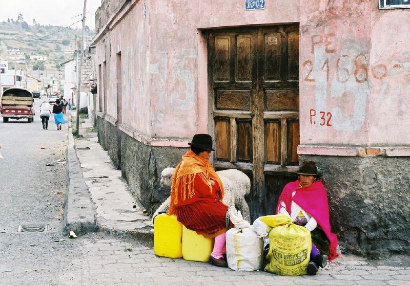 SAQUISILI - Près du marché