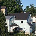 La maison bleue en bois