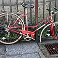 vélo abandonné rouge_8064