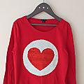 Tee-shirt en coton rouge avec sequins magiques <b>Kiabi</b> 10 ans Neuf sans étiquette