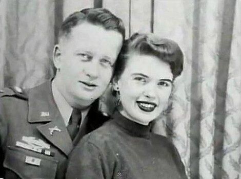 jayne-1950-with_paul_mansfield-4
