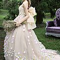 tiglily-spring-2015-japanese-romantic-strapless-colored-ball-gown-wedding-dresses-styles-c125