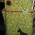 Petites robes en lin avec <b>appliqués</b>