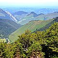 Les Monts d'Arette depuis le Pic de Guilhers...