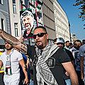 A quoi ressemble un connard de néo-nazi !