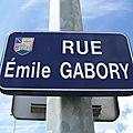 Le Bourg-sous-la-Roche (85), rue Emile Gabory