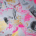 Une série de stickers tout fraichement imprimés.