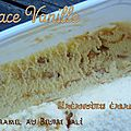 Glace vanille, cacahuètes caramélisées,