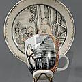 Chine de commande. Tasse et soucoupe peintes en grisaille, XVIIIème siècle, vers <b>1745</b>-<b>1750</b>
